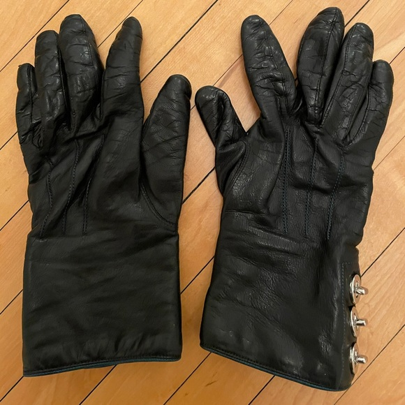 Black leather Coach gloves size 7